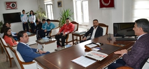 Sporculardan Kaymakam Özkan'a ziyaret