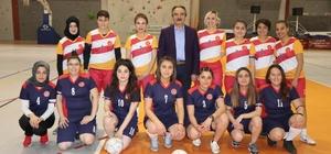 Kadınlar, toplumsal cinsiyet eşitsizliğine karşı futbol maçı yaptı