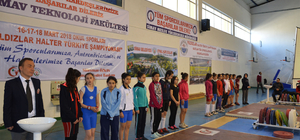 Türkiye Yıldızlar Halter Şampiyonası başladı