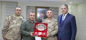 Albay Arslan'dan Vali Sonel'e ziyaret