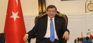 Eski Başbakan Davutoğlu Van'da