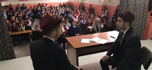 Kovancılar'da 'İstiklali Yazarken' tiyatrosu