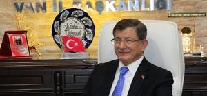 Davutoğlu'ndan AK Parti Van İl Başkanlığına ziyaret