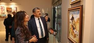 Ressam Ayfer Gündüzhev Yıldırım'ın resim sergisi açıldı
