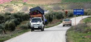 Afrin'de teröristlerden temizlenen köylere dönüş sürüyor