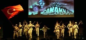 'Bir destandır Çanakkale' gösterisi duygulandırdı
