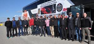 Emekli PÖH'lerden Suriye sınırına destek ziyareti