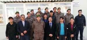 Lise öğrencilerinden Çanakkale ve Afrin şehitleri için hatim ve dua