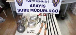 Bartın'da tarihi eser ve kılıç bastonlar ele geçirildi