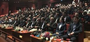 """""""Türkiye'nin Dünyaya Uzanan Yardım Eli"""" konferansı"""