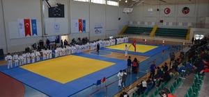 Judo Anadolu Yıldızlar Ligi Yarı Final Müsabakaları devam ediyor