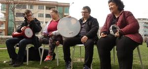 Engelli öğrencilerden açık hava konseri