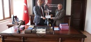 Köy halkından Mehmetçik Vakfı'na bağış