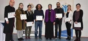 Eğitimini tamamlayan öğretmenlere sertifikaları verildi