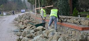 Kartepe'de mezarlık duvarlarının yapımı bitiyor