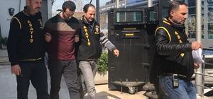 Müşteri kılıklı zanlı 21 bin lirayı gasp etti
