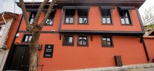 Bursa'da Edebiyat Müzesi kapılarını açtı