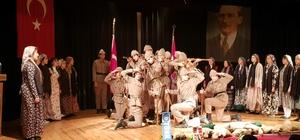 azilli'de öğrenciler Çanakkale Zaferi'ni canlandırdı