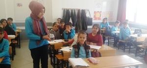 İmam hatipli öğrenciler harçlıklarını Mehmetçik'e gönderdi