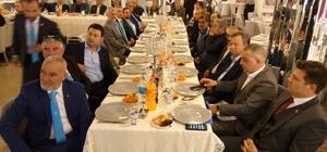 AK Parti muhtarların sorunlarını dinledi