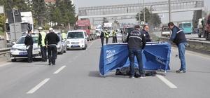 Yaya üst geçidini kullanmadı, otomobil çarpmasıyla öldü