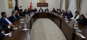 Türk Parlamenterler Birliği heyeti Kilis'te