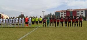 Şuhut Belediye Hisarspor Sarayköyspor'a 2-0 mağlup oldu