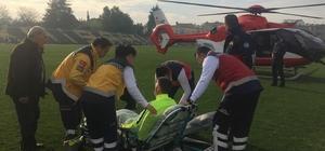 Afrin gazisi hava ambulansıyla Ankara'ya gönderildi