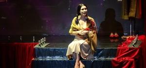 'Müzeyyen' Müzikali Bursa'da sahnelendi