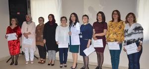 Eğitimini tamamlayan 10 yoğun bakım hemşiresi sertifika sahibi oldu
