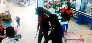 Pompalı tüfek ve palalı market soygunu kamerada