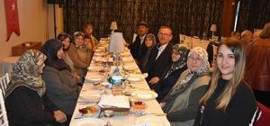 Tekirdağ Büyükşehir Belediyesi yaşlıları yemekte buluşturdu