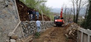 Altınordu'da yollara istinat duvarı