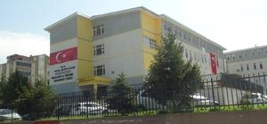 Bursa'da kız öğrencilerin bakireliğini sorguladığı iddia edilen öğretmen açığa alındı