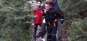 Dağda mahsur kalan doğa fotoğrafçısı kurtarıldı