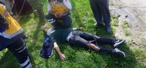 Elektrikli bisiklet ile otomobil çarpıştı: 2 öğrenci yaralı