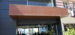 Kuşadası'nda Kuveytli yatırımcı firmanın ofisi kurşunlandı