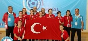 Kız Futsal Mili Takımı dünya ikincisi oldu