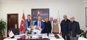 Başkan Özakcan'ı 'Posta Güvercinleri Yarışları'na davet ettiler