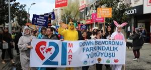 Down sendromlu gençlere dikkat çekmek için yürüdüler