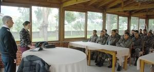 Erbaş ve erlere aile eğitimi semineri verildi