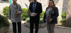 Söke Rotary Kulüp'ten Okullara Fıstık Çamı Fidanı