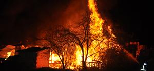 Bursa'da palet deposunda yangın