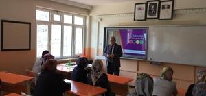 Müdür Fuat Bayri: Teknoloji bağımlılığı sosyalliğin önüne geçer