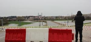 Edirne'de Tunca Nehri 'kırmızı alarm' seviyesine yükseldi