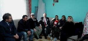 Vali Çakacak ve eşi şehit Binbaşı Dunca'nın ailesine taziye ziyaretinde bulundu