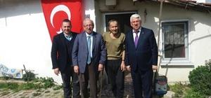 Başkanlar Albayrak ve Yüksel Velimeşe'deki yaşlıları ziyaret etti