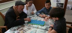Yaşlılar Haftası'nda 'Koca Çınarlara' ziyaretçi akını
