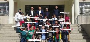 Öğrencilere model uçak kursu