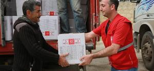 Türk Kızılayından Afrin kırsalına insani yardım